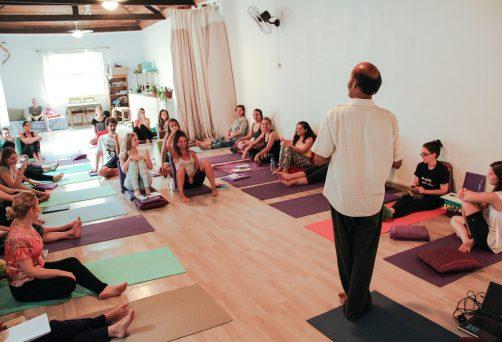 Formação de Instrutores de Yoga
